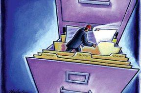 معاملات دارندگان اطلاعات نهانی