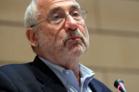 Stiglitz delivered a speech on the euro zone debtcrisis.